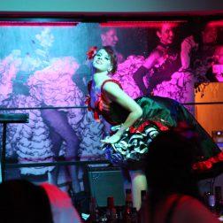 Knutschfleck Berlin Burlesque