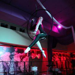 Ring-Artistin Olena im Knutschfleck Berlin - ShowTime