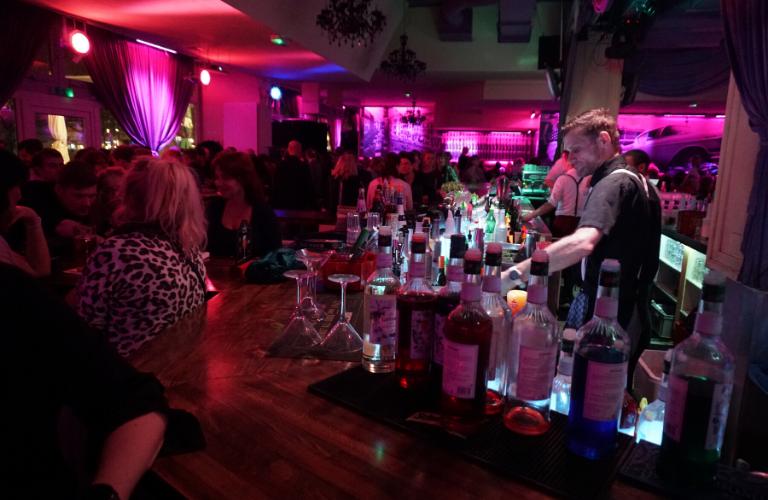 Cocktailbar Galerie 12