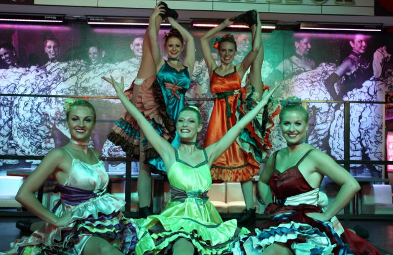 Künstler buchen Showgirls Galerie 12
