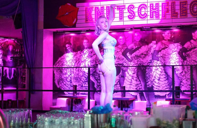 Künstler buchen Showgirls Galerie 7